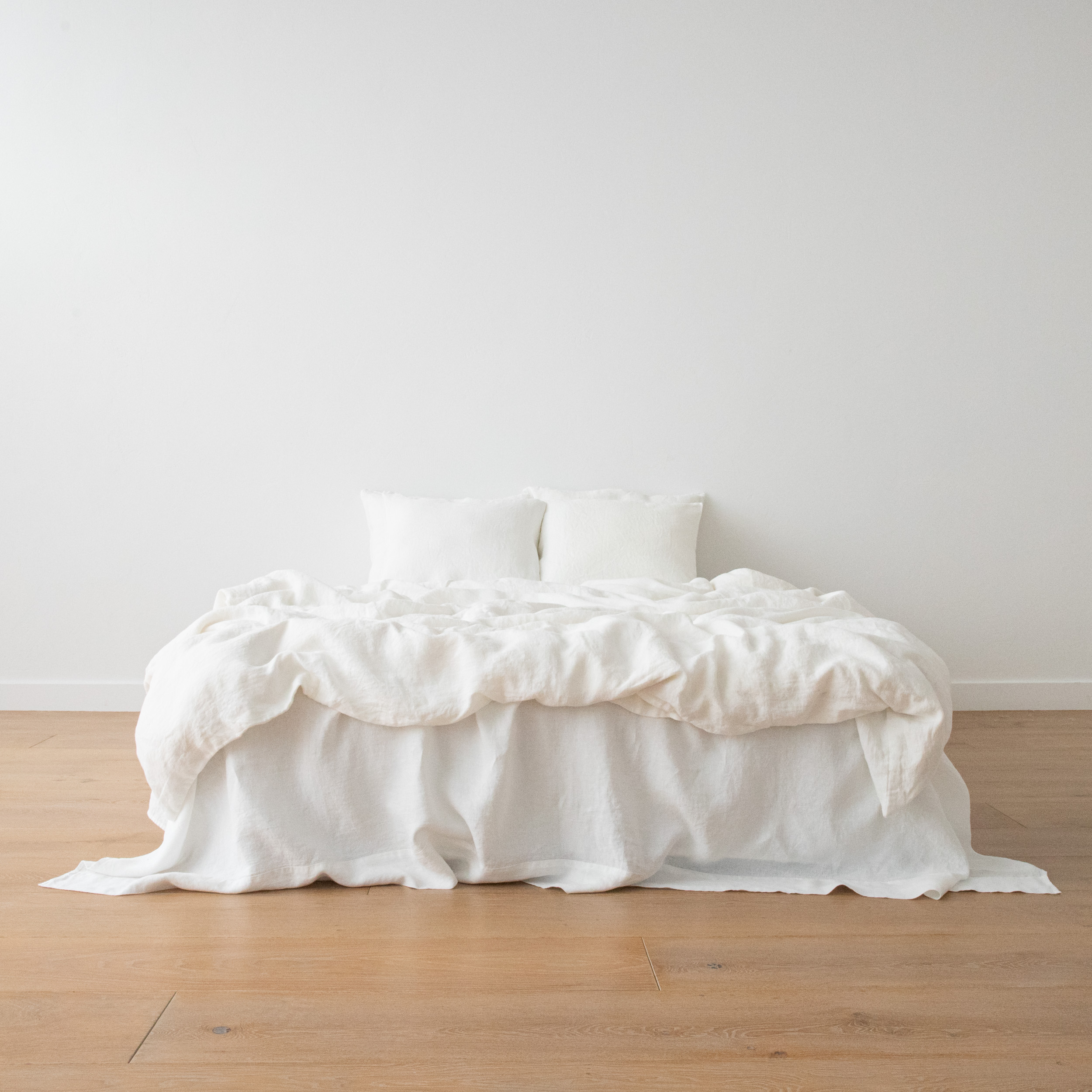 SW_BedSet_OffWhite_2500x2500