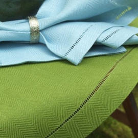 Chemin de table en lin Emil coloris Vert prasin