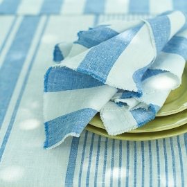 Serviette de table Philippe en lin bleu avec franges