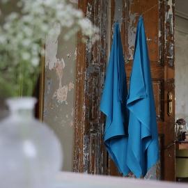 Drap de bain ou serviette de douche en lin lavé Lara Turquoise