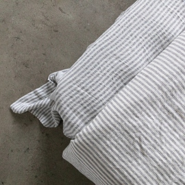 Graphite Drap Plat en Lin Ticking Stripe