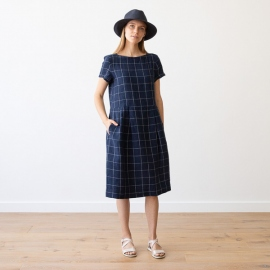 White Navy Window Pane Lin Robe Adel