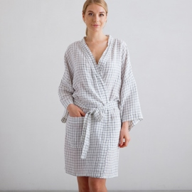 White Navy Check Peignoir Courte en Lin Alma