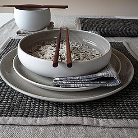 Nappe crème, set de table écorce, chemin de table naturel de la collection Lara