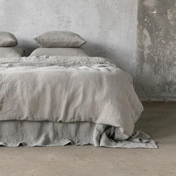 couette couleur taupe dlicieux housse de couette couleur taupe lits superposs en pin couleur. Black Bedroom Furniture Sets. Home Design Ideas